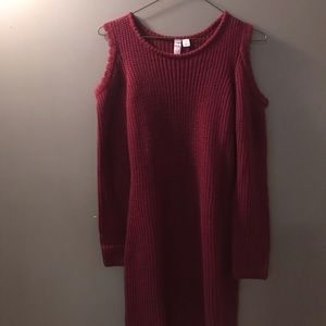 Knitted Maroon Shoulderless Dress